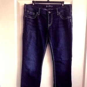Silver Jeans Berkley Low Rise Straight Leg